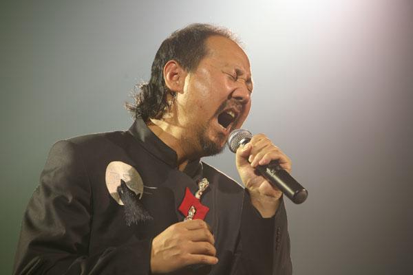 腾格尔演唱会图片